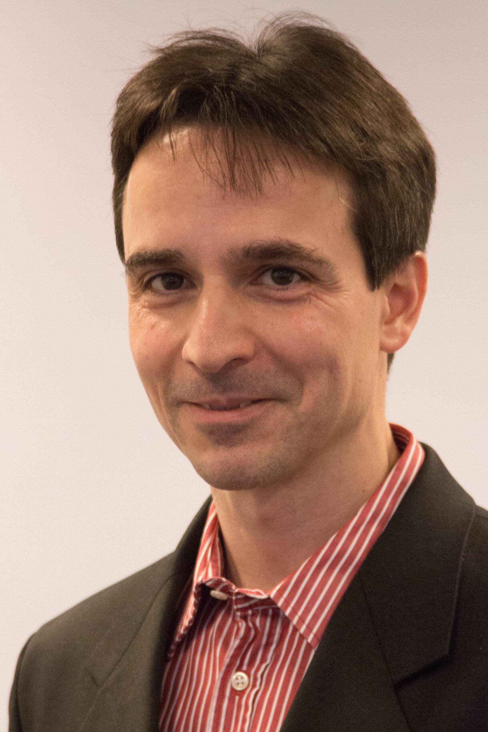 Dr. Thomas Fent